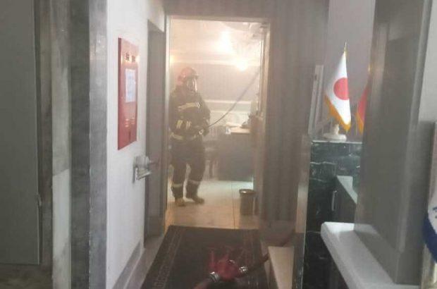 حریق هتل آپارتمان ۳ طبقه در شیراز